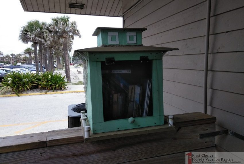 St Augustine Beach Pier Free Library