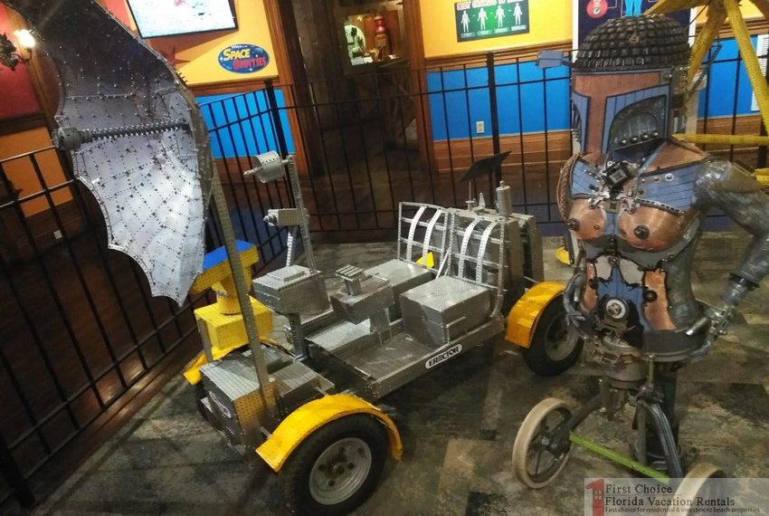 Ripleys Believe it or Not Erector Moon Lunar Rover
